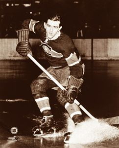 Maurice Richard HABS CLASSIC (c.1952) Montreal Canadiens Poster Print