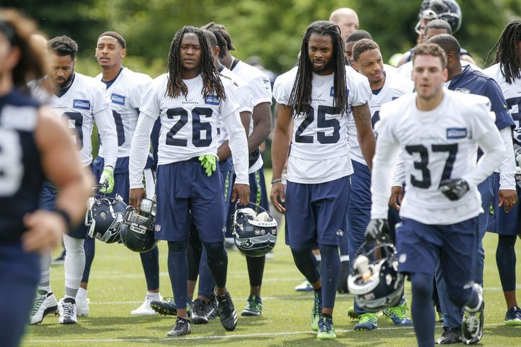 Seahawks players countdown the days until training camp on social media