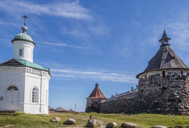 Соловки, Монастырь, Остров