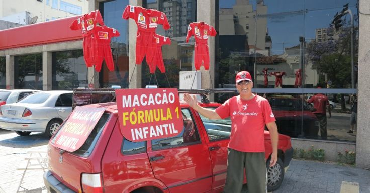 Vendedor de macacões sobrevive após era Senna e não consegue largar emprego - Esporte - UOL Esporte