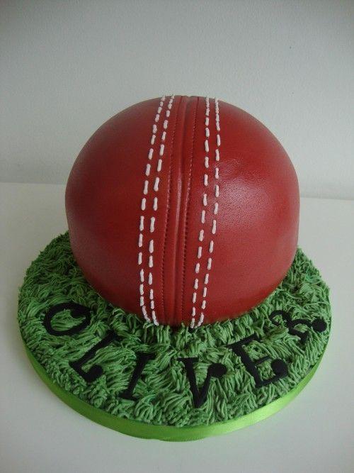 3D Cricket Ball Cake