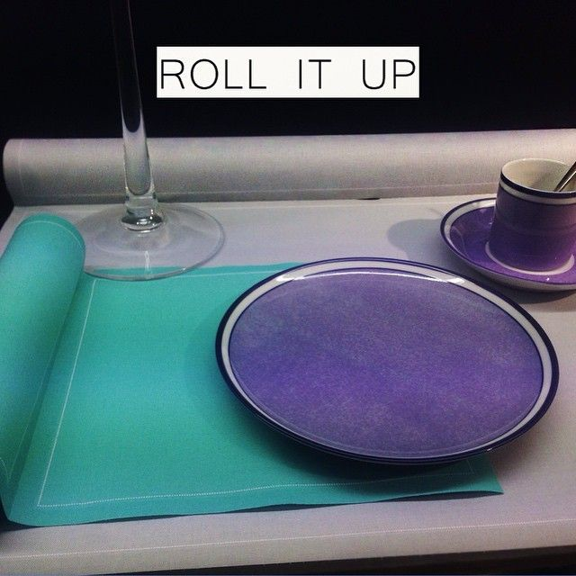 Roll it up! #serviette #reichenbach #porzellan #summer #colorful #instagood #followme #love #tbt #likeforlike #instadaily #amazing #style #design #sun #cool #beach #home #interiordesign #instapic #cute #instamood ##style #summercolors #blue #purple #cup #plate #summertime #trixigronau #myhomecouture