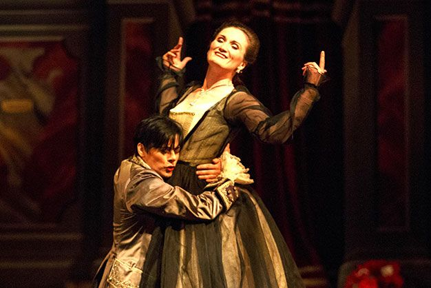 Peggy Kriha Dye (left) and Meghan Lindsay soar in Lucio Silla.  LUCIO SILLA by Mozart (Opera Atelier). At the Elgin Theatre