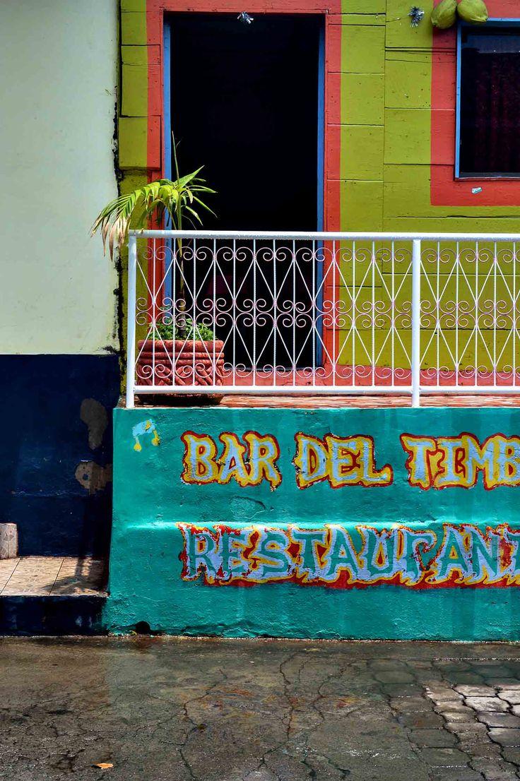 The colourful streets of Moyogalpa on Isla de Ometepe in Nicaragua | heneedsfood.com