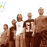 Padi is a band from Surabaya, East Java, Indonesia and Padi is the band that can be bring the new colour for Indonesia music industry. Padi band established at April 08, 1997. Recently Padi band have five members in the band, namely Andi Fadli Arifuddin (Vocal), Satriyo Yudhi Wahono (Guitar), Ari Tri Sosianto (Guitar), Rindra Risyanto Noor (Bass) and Surendro Prasetyo (Drum).
