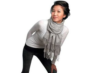 How to tie a winter scarf...I need to remember this one!
