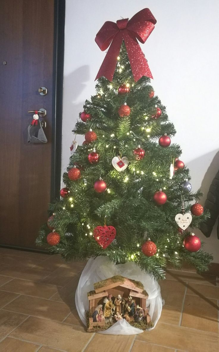 #addobbinatalizi#albero#rosso#fiocco#presepe#natale#