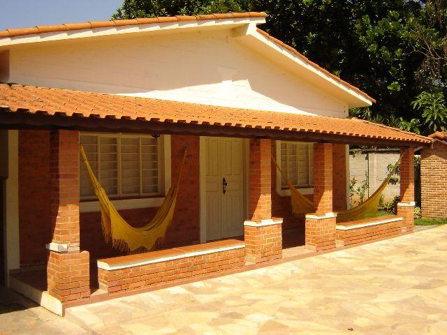 Casa com varanda na frente pesquisa google fachada de for Casa para herramientas de pvc