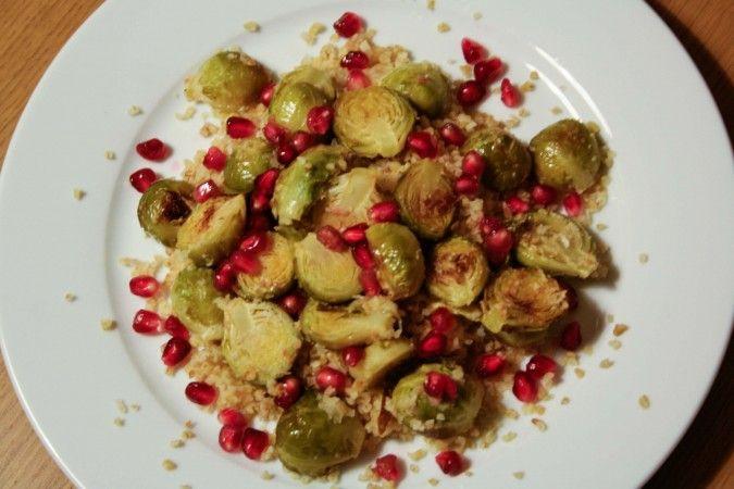 Geroosterde Spruitjes met Granaatappel - Julienne