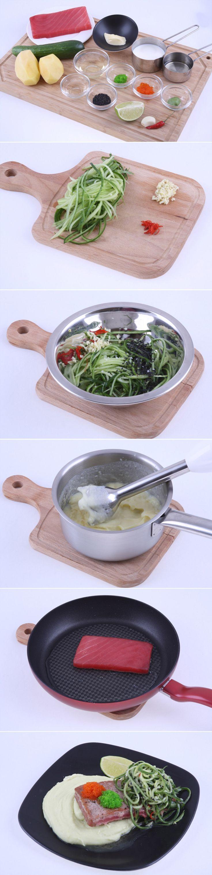 Тунец по-австралийски. Легкое, очень нежное и сытное блюдо. Готовится довольно просто и быстро. Попробуйте, вам обязательно понравится сочетание маринованного огурца, пикантного картофельного пюре с васаби и тунца! Ингредиенты и рецепт вы можете увидеть в...http://vk.com/dinnerday; http://instagram.com/dinnerday #рыба #кулинария #новыйгод #тунец #филе #картофель #васаби #рецепт #еда #dinnerday #food #cook #recipe #fish #tuna #cookery #fillet #potato #wasabi