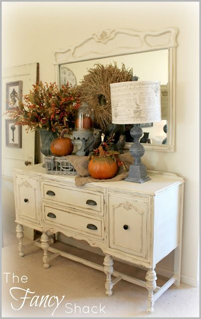 Like the pictures hung on the old door............The Fancy Shack: ~Fall Vignettes~