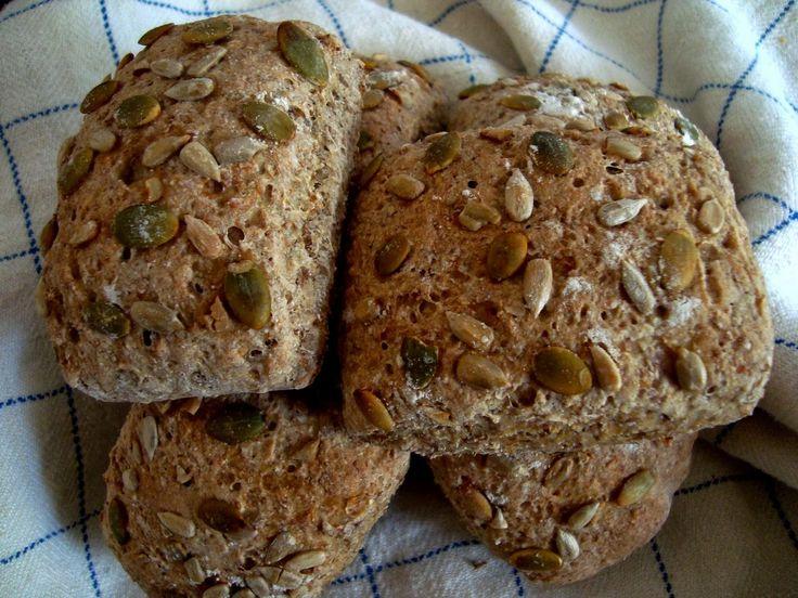 Fudgekakan: Grovt bröd med äppelmos