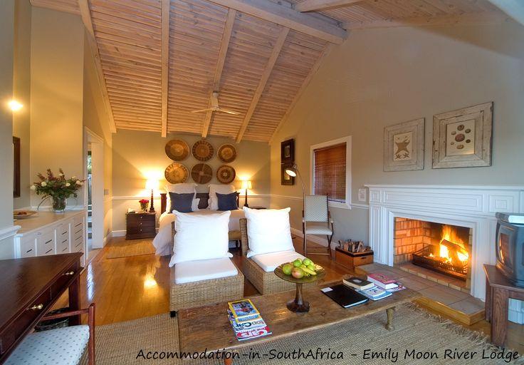 Lodge accommodation Plettenberg Bay. Accommodation in Plettenberg Bay. Beautiful accommodation at Emily Moon River Lodge. Plettenberg Bay Accommodation.