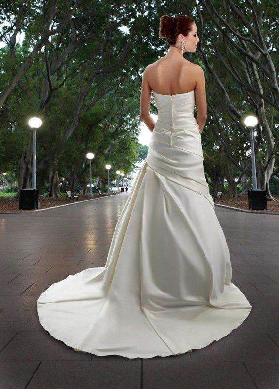 205 best wedding gowns by davinci images on pinterest for Destination plus size wedding dresses