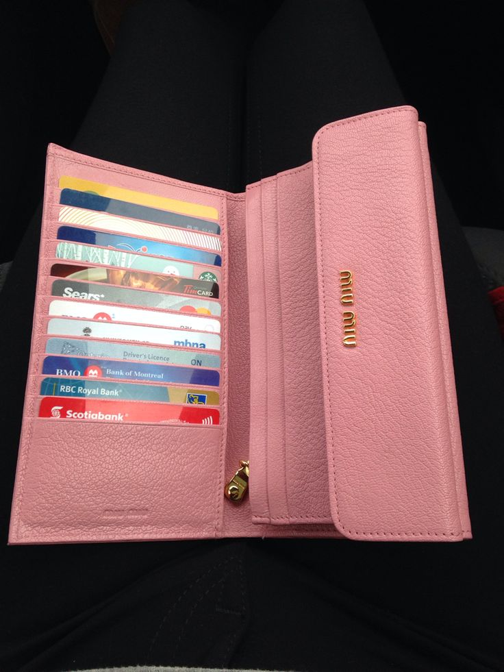 Miu Miu wallet - which style is this?