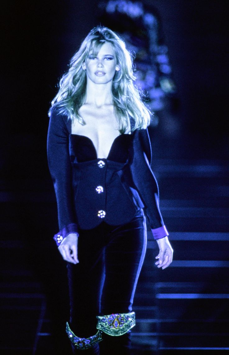 Sunny mabrey quotes quotations and aphorisms from openquotes quotes - Versace Fall 1991 Ready To Wear Fashion Show