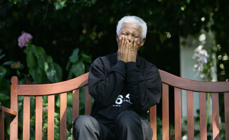 Nelson Mandela è morto. L'eroe antiapartheid del Sudafrica è morto a 95 anni. (Reuters/Mike Hutchings)