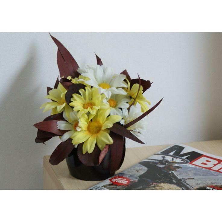 Aranjament cu flori artificiale siplante naturale conservate