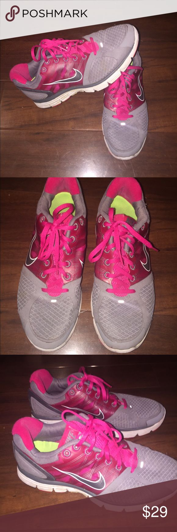 Nike Lunarglide 2 Women's 9.5 Pink/Burgundy/gray In good condition! Women's 9.5 lunarglide 2 Previously worn. Nike Shoes Athletic Shoes