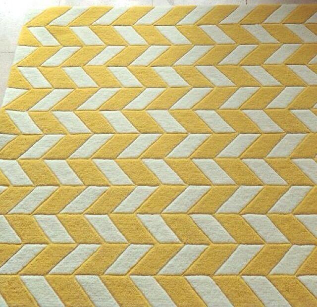 Haringbone rug by MOHOI