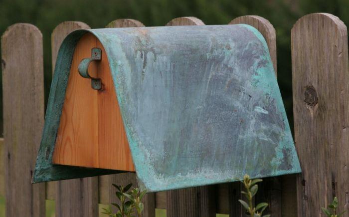 Cassetta postale in lamiera e pino  #arredamento #design #accessori
