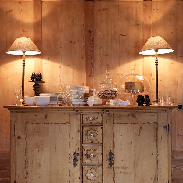 rustic-log-cabin-design-stunning-interiors-11.jpg