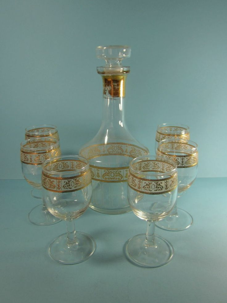 Vintage Culver Wine Decanter Set with Six Glasses - Gold and Frosted