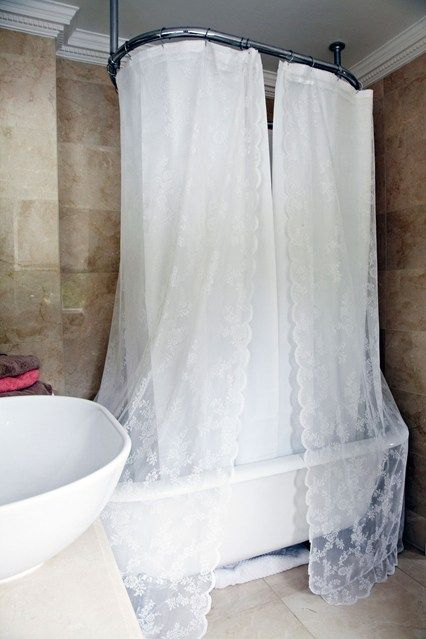 Vintage Bathroom - Bathroom Design Ideas - Bathroom Decorating (houseandgarden.co.uk)