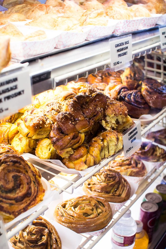 Seattle:  A Local's Guide to all the best Eats in Pike Place Market | Flourishing Foodie