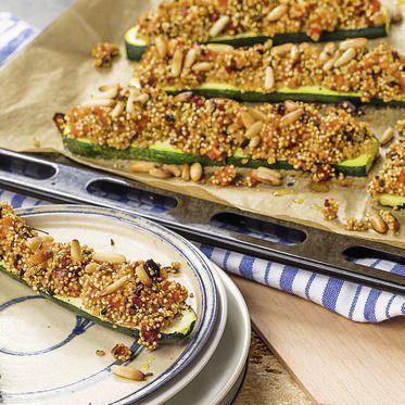 Ofenzucchini mit Tomaten-Quinoa-Kruste Rezept | Küchengötter