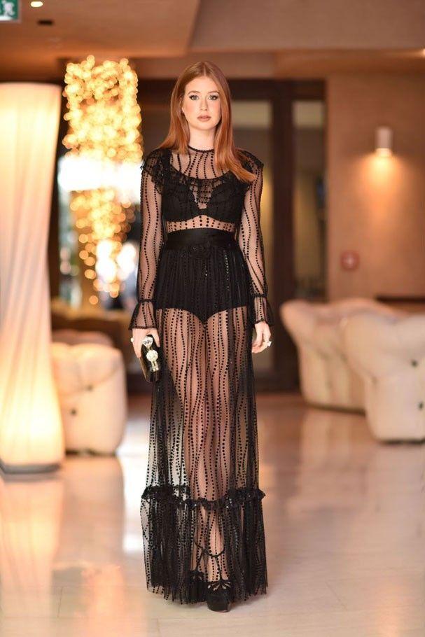 Marina Ruy Barbosa, em Verona, usa look de mais de R$ 44 mil. Veja cada peça!
