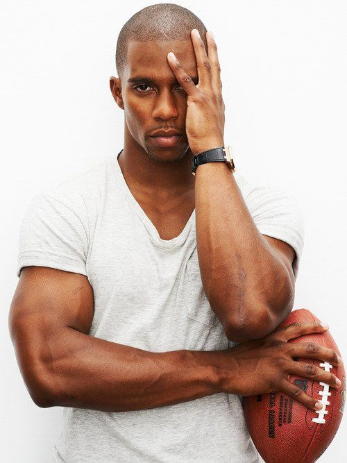 Victor Cruz - New York Giants. This man tho, the epitome of what I dream for..