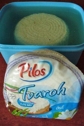 Připravte si doma balkánský sýr - levný, chutný, málo tučný. Balkánský sýr pak můžete použít na mnoho vynikajících studených nebo teplých receptů. Některé nápady na recepty vám postupně přineseme. Tak si zítra kupte tvaroh a naložte ho. Ať jste připraveni :-). Máte-li nějaký svůj osvědčený recept, podělte se o něj…
