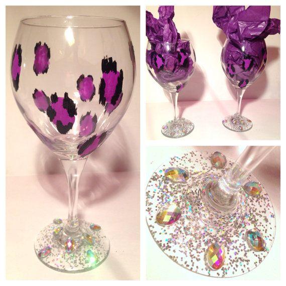 1000 images about wine glass decorating on pinterest. Black Bedroom Furniture Sets. Home Design Ideas