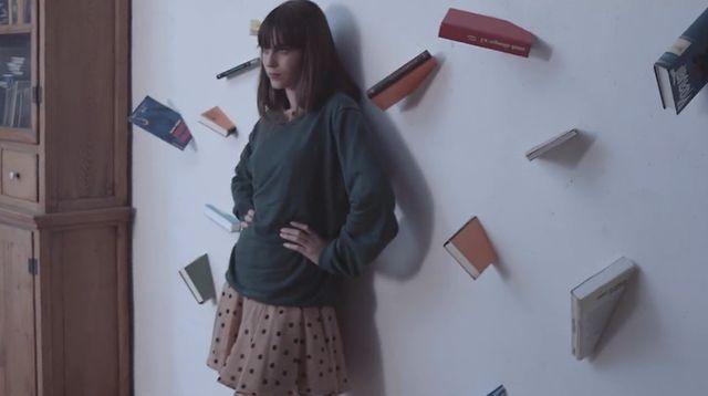 Adrian Sieber - Round Round Song [GIF + Music Video] by Danila. Dir.: Danila [KinoPravda]