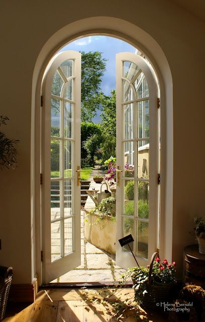 Best 25 Arched Doors Ideas On Pinterest House Front House Exteriors And Colonial House Exteriors