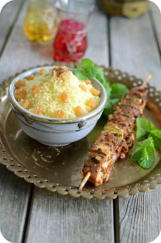 Brochettes à la Marocaine et Semoule aux Raisins secs -