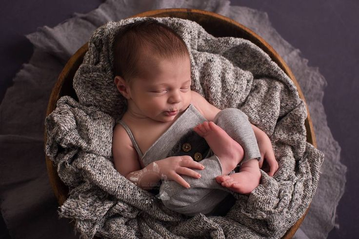 33 likes 5 comments gillian wotherspoon app littlefeatherphotography on instagram · newborn photographysydneylipsnewborn
