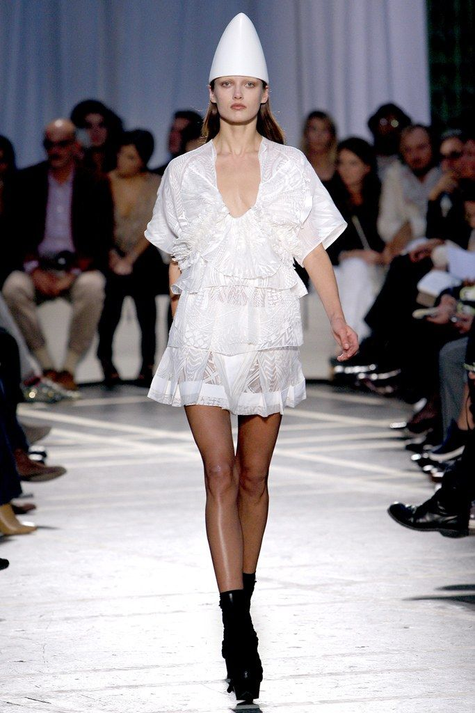 Givenchy Spring 2010 Ready to Wear Collection Photos   Vogue