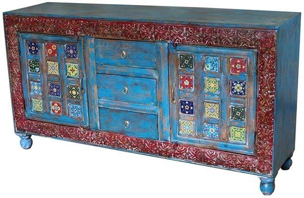 Mobili etnici: non parliamo di imitazioni in stile ma di autentici mobili di importazione, tra cui anche esemplari antichi..@Etnic Art