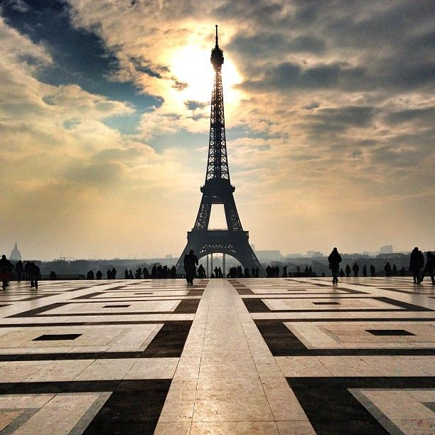 534 best tour eiffel images on pinterest paris france for Places to stay near eiffel tower