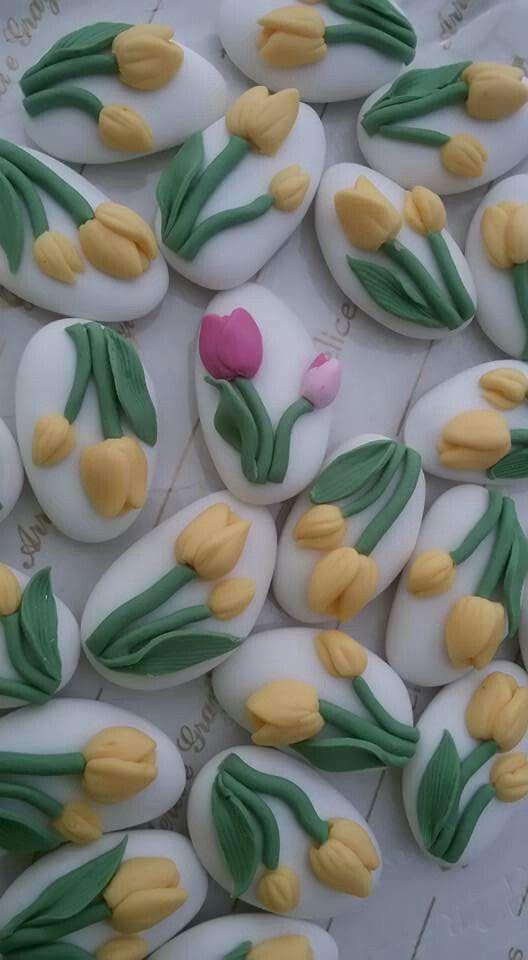 Confetti decorati....Tulipani.