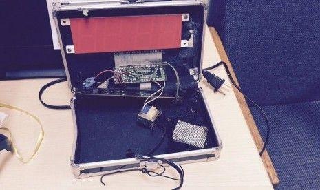 Ini Penampakan Jam Digital Yang Dikira Bom