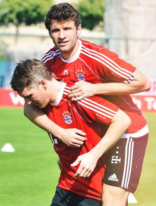Bastian Schweinsteiger and Thomas Müller aka main baes