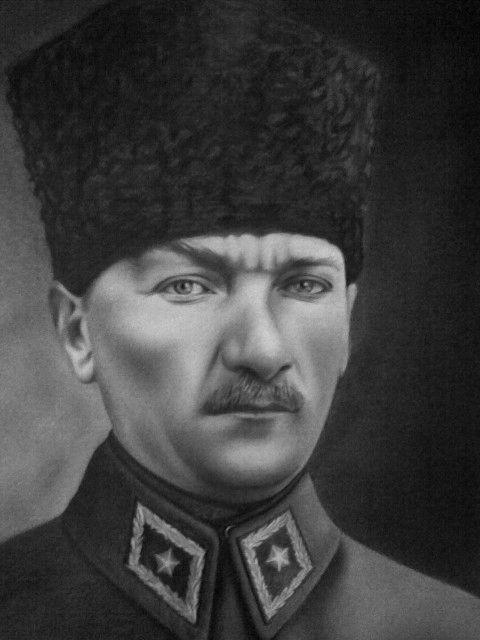 Karakalem Portre Çizimler - Murat ÖZEL - Karakalem Portre