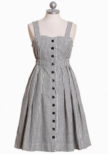 Hannah Dress in Stripe Print by Dear Creatures >> I am loving this super cute dress!