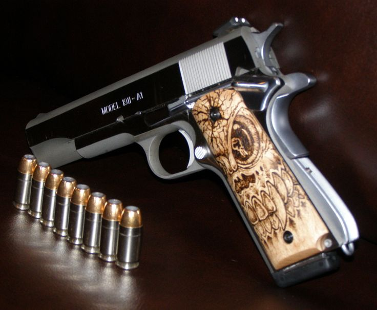 Custom 1911 Grips by Clay Bradshaw