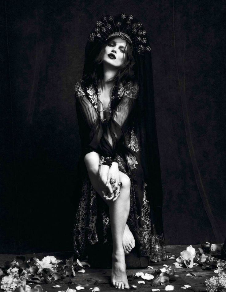 ! It Up Editoriais: Le Noir (Kate Moss e Saskia De Brauw)