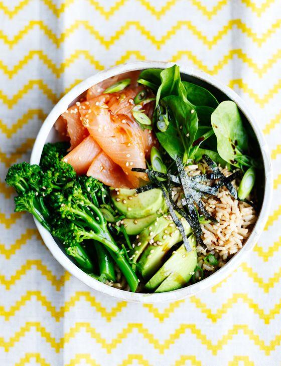 Smoked salmon sushi salad bowl - Sainsbury's Magazine