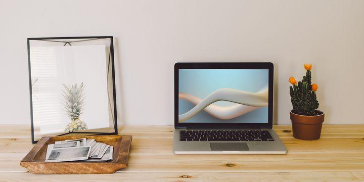 Впечатляющие абстракции для вашего рабочего стола и экрана блокировки - https://lifehacker.ru/2016/10/10/free-wallpapers-13/